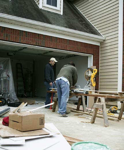 Want to Work for the Best? We Have Carpenter Jobs in Augusta!